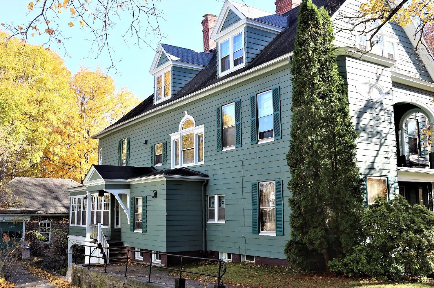 Germain Sober House │ Vanderburgh House Sober Living for Women in Worcester, Massachusetts
