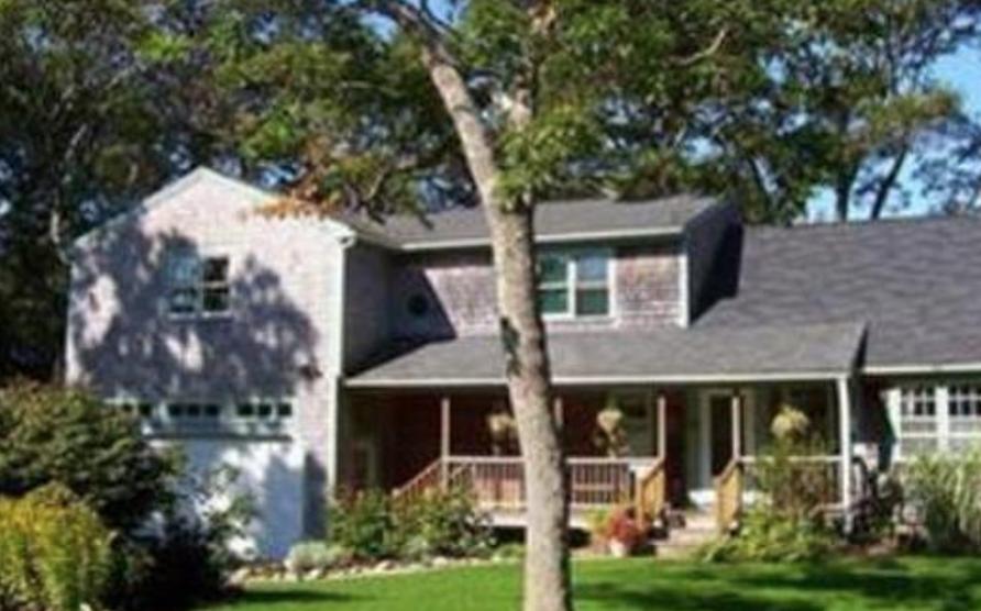 Commitment Living - Vidal House