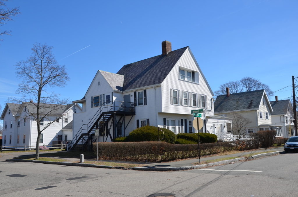 Garnet Recovery for men certified sober house for men in Quincy MA