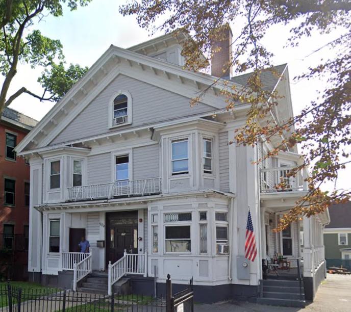 Warren Sober House