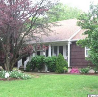 Bordentown Avenue House sober living house for coed in Parlin NJ