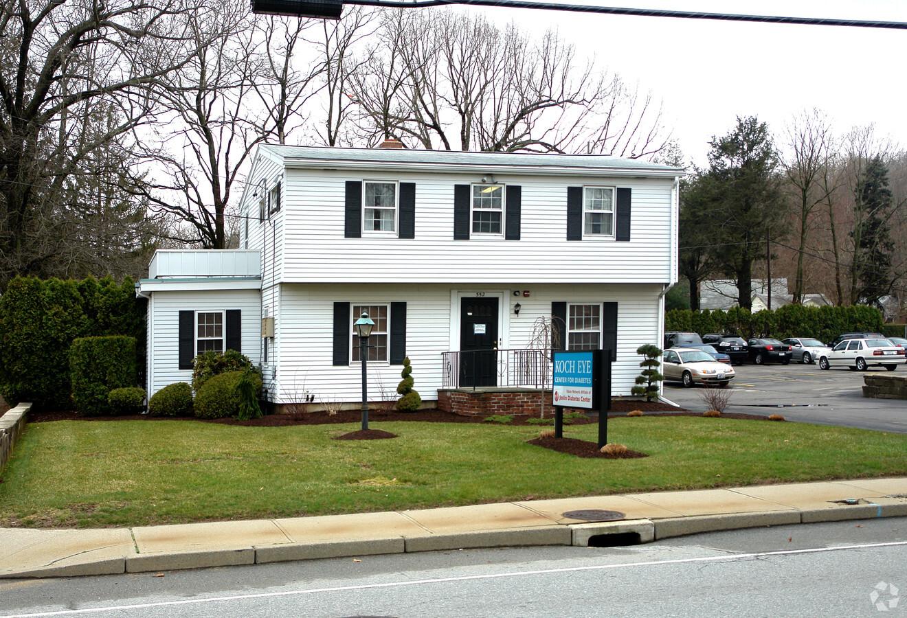 Kayaly Sober House │ Level 2 │ Warwick Rhode Island