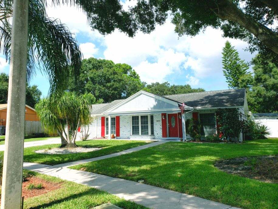 The Opal House 2 is a female recovery house in Tampa Bay, Florida