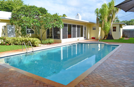 The Hartman Lake House is a male sober house in Delray Beach, Florida