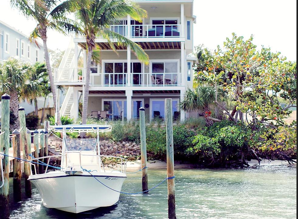 Voyage Sober House is a sober house in Jupiter, Florida