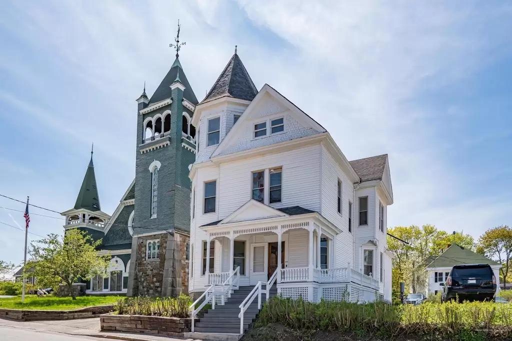 Washington Sober House │ Women's Wing │ Vanderburgh House Sober Living in Bath, Maine